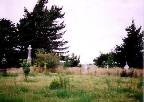 通りがかりの墓地